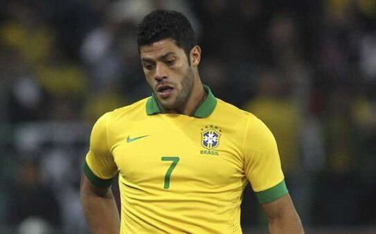 Mercado da bola: Sampaoli aprova a contratação de Hulk, diz site