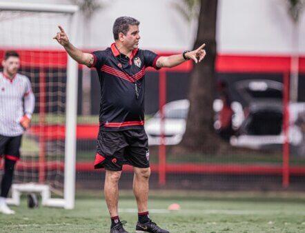 Provável Atlético-GO diante do Goiás