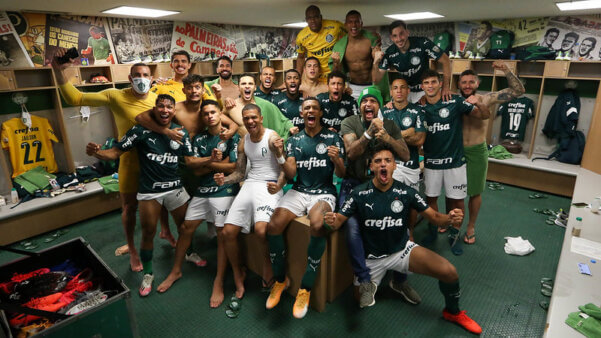 Palmeiras encara o River na Libertadores.