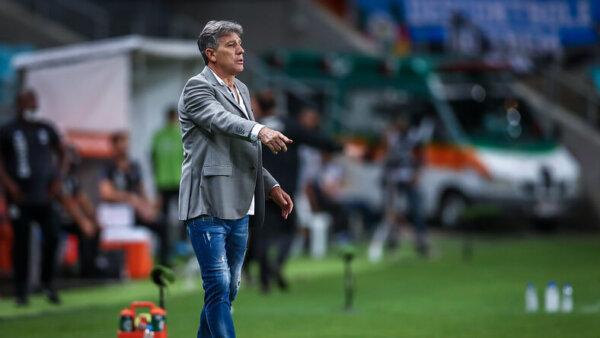 Renato Gaúcho pode aparecer no radar do Corinthians.
