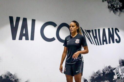 Gabi Nunes em ação pelo Corinthians