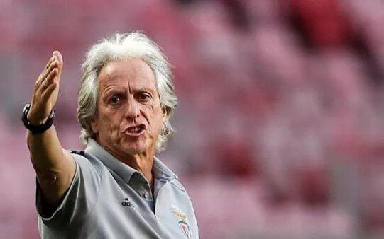 Jorge Jesus em ação no Benfica