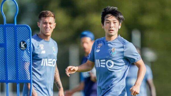 Nakajima em ação pelo Porto