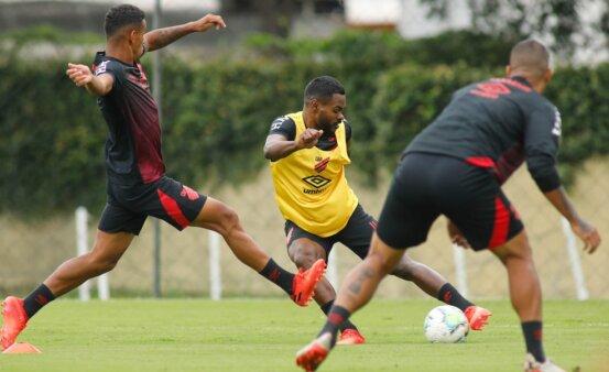 Provável escalação Athletico Paranaense Flamengo Brasileirão