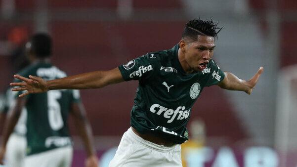 Rony vem se destacando na Libertadores. brasileirão