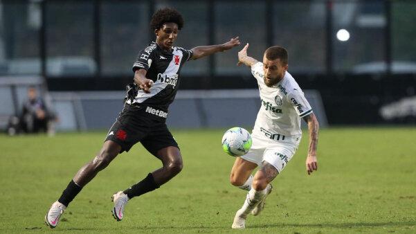 Palmeiras encara o Vasco.