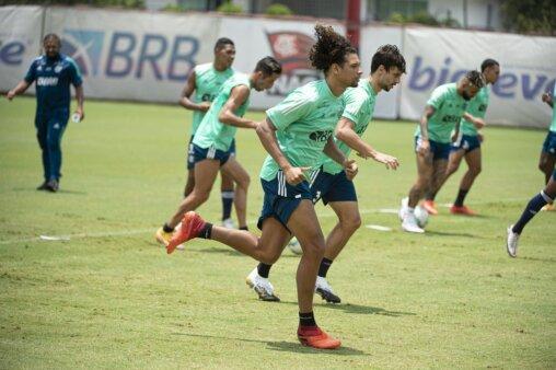 Willian Arão desfalques Flamengo x Internacional