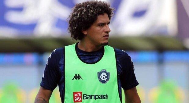 Felipe Gedoz em ação pelo Clube do Remo