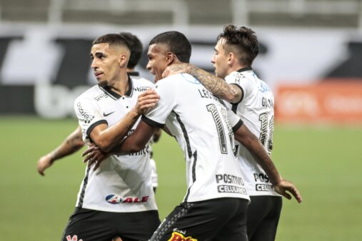 Times com mais viradas Brasileirão pontos corridos Corinthians