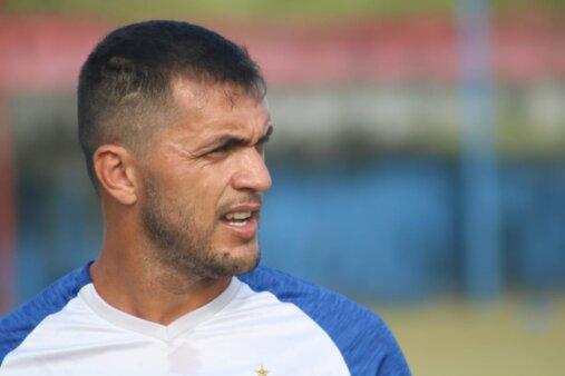 Edson Cairús está na mira do Botafogo