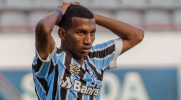 Léo Chú em ação peoo Grêmio