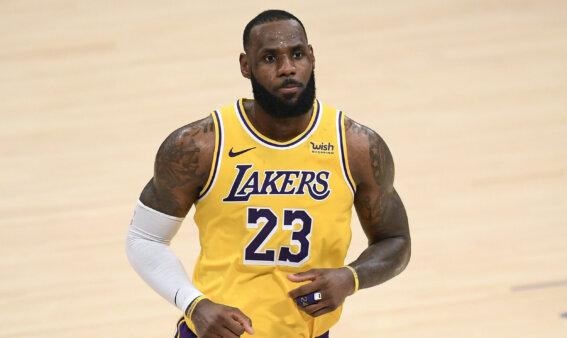 LeBron James, do Los Angeles Lakers, durante jogo no Staples Center