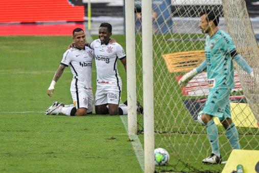 Corinthians atletas em fim de contrato 2021