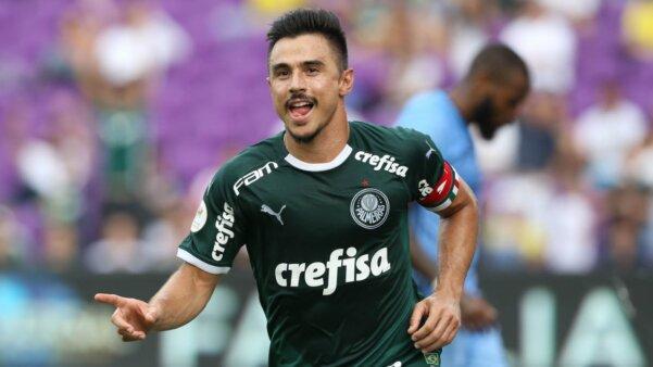 Presidente do Cruzeiro diz que Felipão pediu Willian e mais três nomes para permanecer no clube