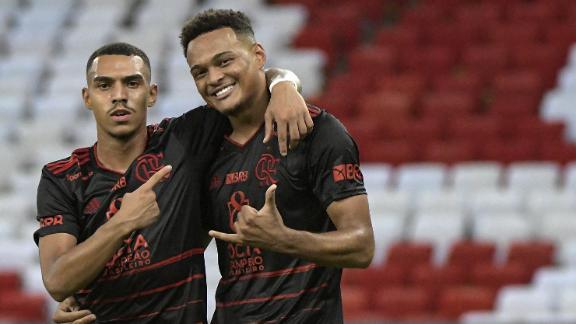 Flamengo deve negociar jogadores nesta temporada; veja quem pode sair