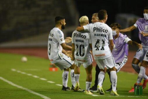 Santos x San Lorenzo Libertadores fora do Brasil