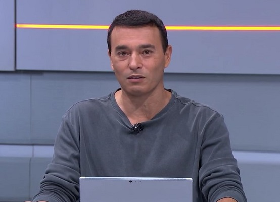 """André Rizek, jornalista e apresentador do """"Seleção SporTV"""" (Foto: Reprodução/ SporTV)"""
