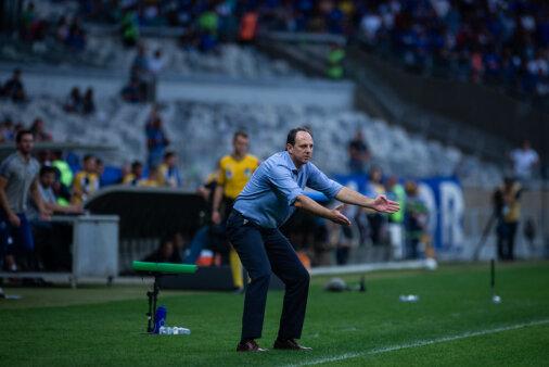 Ceni teve passagem polêmica no Cruzeiro.