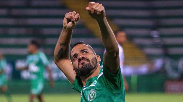 Anselmo Ramón em ação pela Chapecoense
