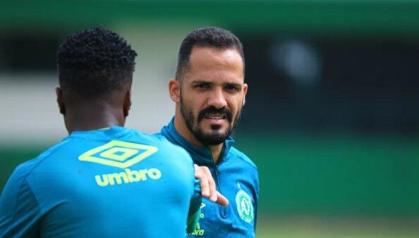 Botafogo desistiu da contratação de Anselmo Ramon