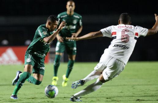 Palmeiras e São Paulo duelam pelo Paulistão.