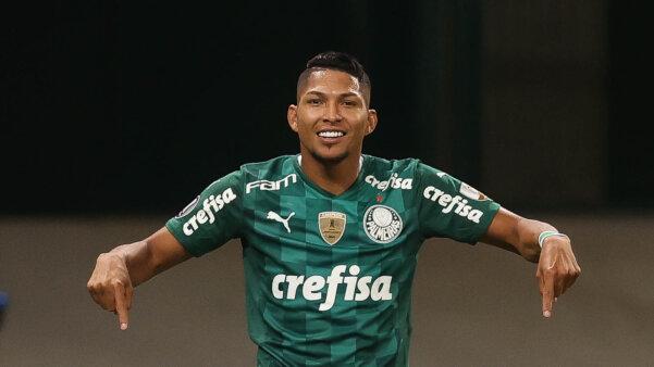 Rony brilhou em vitória do Palmeiras.