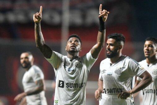 Santos venceu o San Lorenzo.