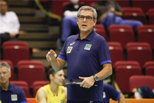 Zé Roberto anuncia lista para a Liga das Nações