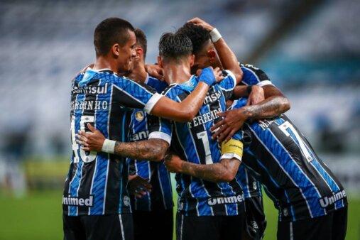 Tiago Nunes aponta jogador do Grêmio com potencial para chegar à Seleção Brasileira