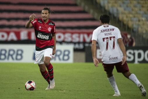 Willian Arão Flamengo Fluminense