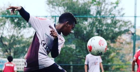 Miguel Ortiz em ação pelo Atlético-MG