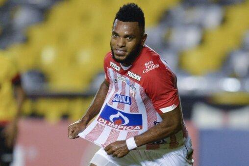 Borja em ação pelo Junior Barranquilla