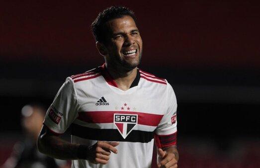 Daniel Alves, São Paulo