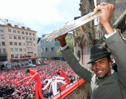 Douglas Costa brilhou no Bayern.