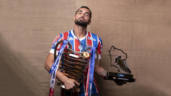 Gilberto pode deixar o Bahia.