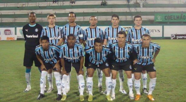 Douglas Costa em ação pelo Grêmio