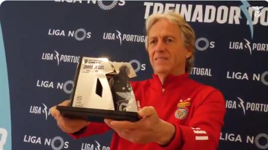 Jorge Jesus exaltou técnicos portugueses.