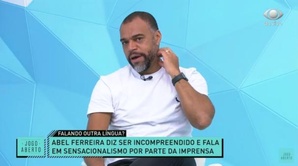 Denilson no Jogo Aberto critica Abel Ferreira