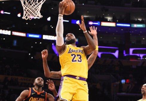 NBA: LeBron conduz vitória do Lakers contra o Warriors