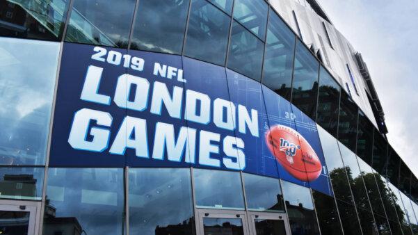 Faixada da NFL no estádio do Tottenham