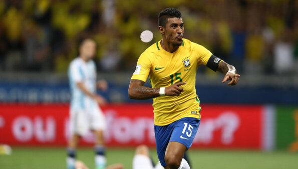 Paulinho recebeu ofertas do Brasil.