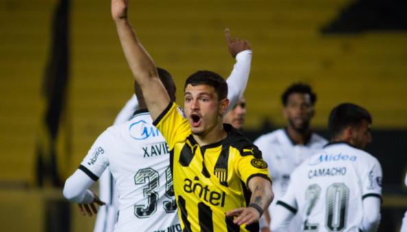 Corinthians perde para o Peñarol e é desclassificado na Sul-Americana
