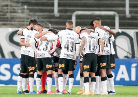 Provável escalação Corinthians Peñarol Sul-Americana