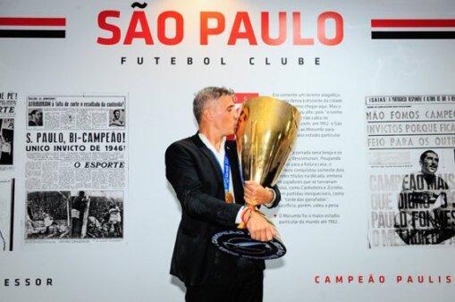 Hernán Crespo em ação pelo São Paulo
