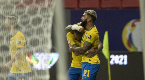 Gabigol e Neymar na seleção brasileira