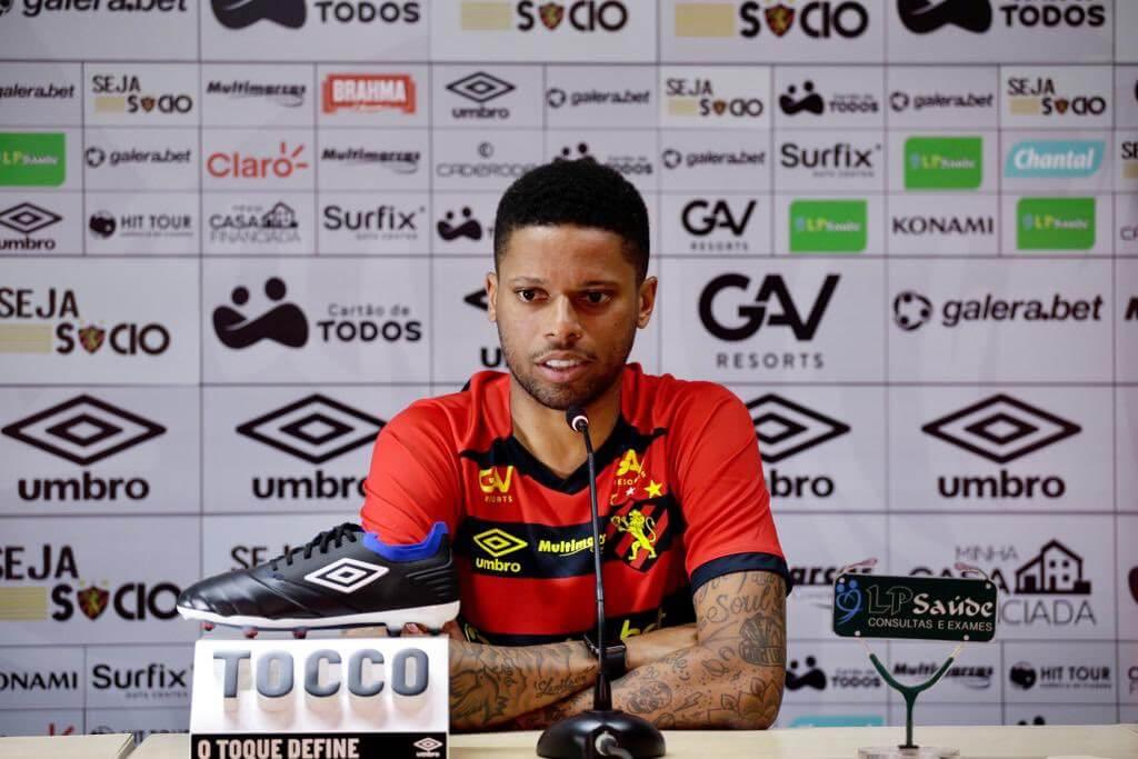 Chamado de 'André Balada', atleta dispara contra comentarista da Globo