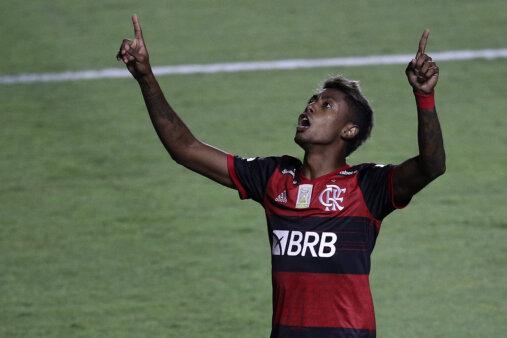 Bruno Henrique supera Petkovic na artilharia do Flamengo no Brasileirão