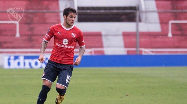Bustos foi alvo do Palmeiras.