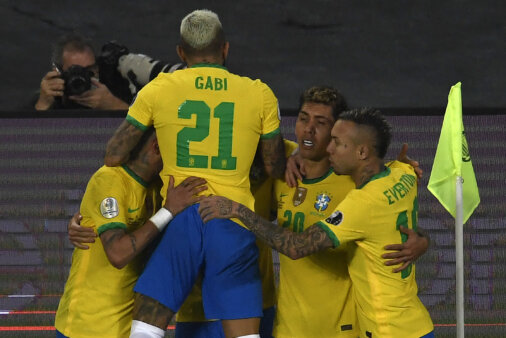 Brasil 2-1 Colômbia
