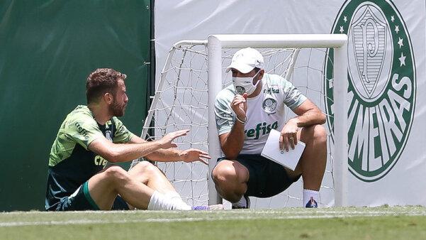 Empereur, Palmeiras